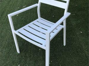 כסא 100 % אלומיניום